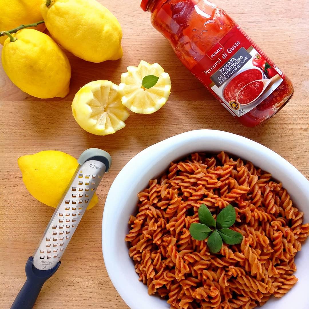 Pasta pomodoro e limone - Foto di Sossupermamma -