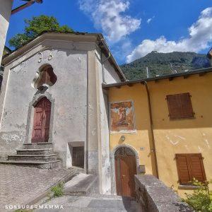 Vecchia Chiesa sul retro - Foto di Sossupermamma -