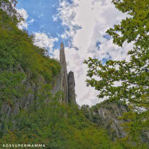 La parete rocciosa dell'Orrido di Bogn