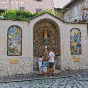 La fontana dedicata alle Sante